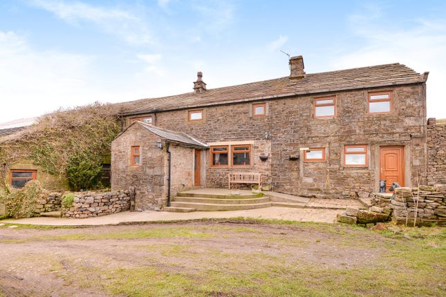 Thumbnail Detached house for sale in Foulridge, Colne