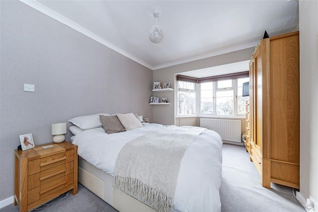 Master Bedroom of Havelock Road, London SW19