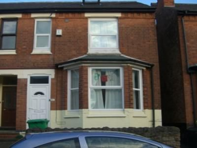 Terraced house to rent in Cottesmore Road, Nottingham