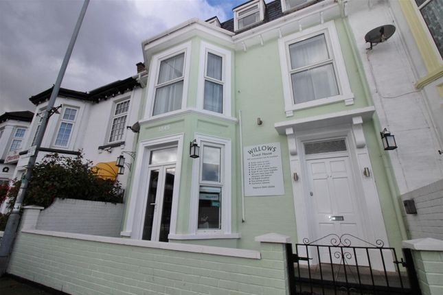 Thumbnail Terraced house for sale in Trafalgar Road, Great Yarmouth