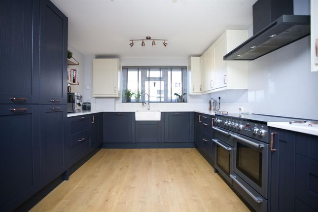 Thumbnail Property for sale in Houlgate Way, Axbridge