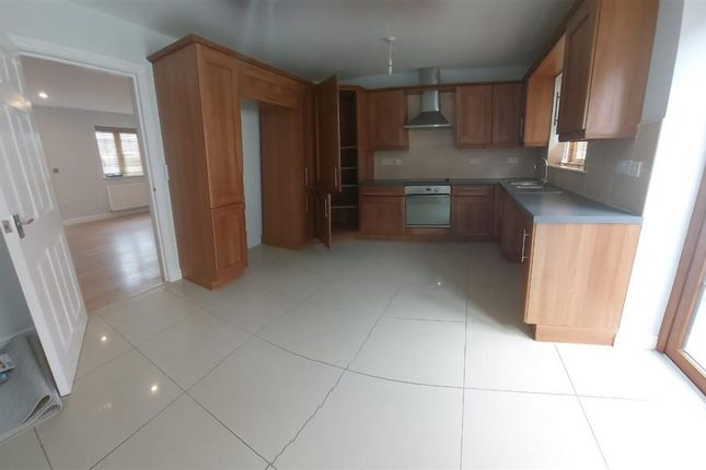 Thumbnail Property to rent in Astoria Place, Ystradgynlais, Swansea