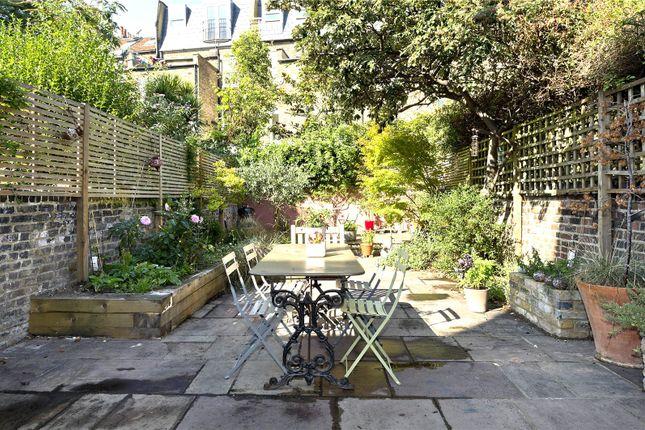 Picture No. 04 of Batoum Gardens, London W6