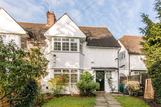 Thumbnail Property for sale in Crooked Usage, Finchley