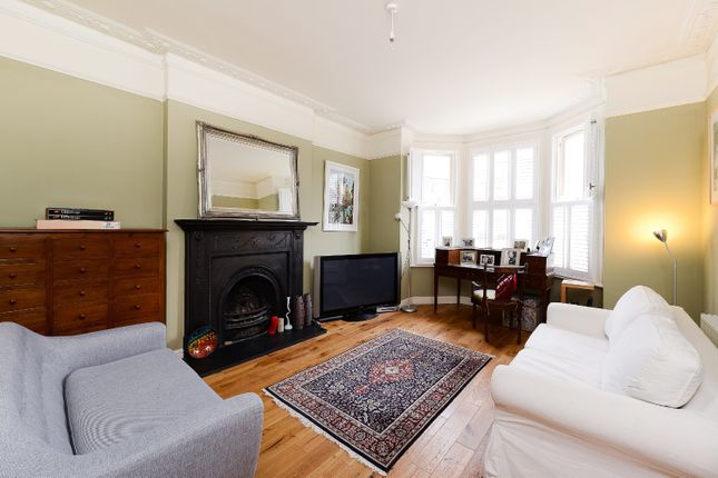 Thumbnail Flat to rent in Victoria Crescent, Upper Norwood