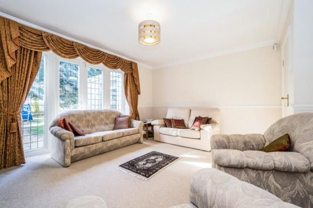 Thumbnail Detached house for sale in Burntwood Avenue, Hornchurch