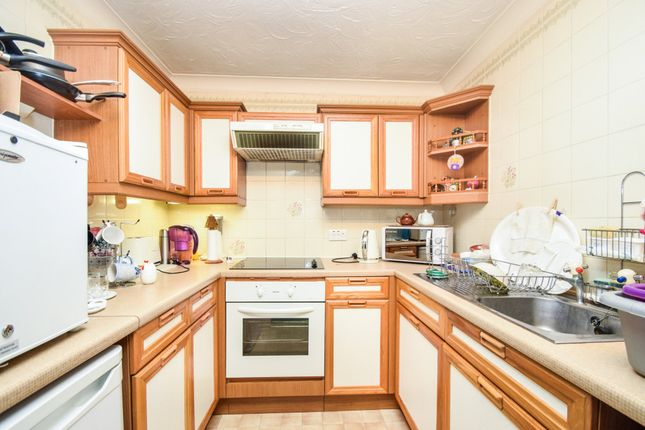Thumbnail Flat for sale in St Elizabeth Court, Mayfield Avenue, North Finchley