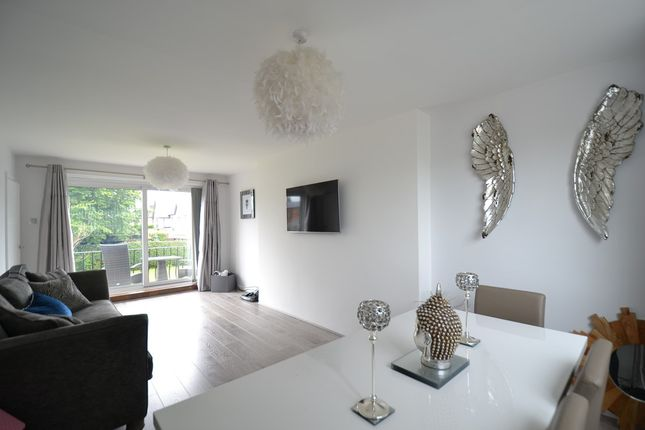 Thumbnail Town house to rent in Parkway, Wilmslow