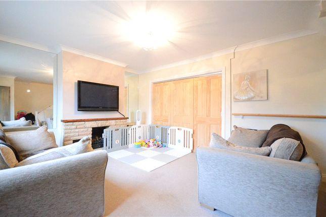 Living Room of Sycamore Close, Sandhurst, Berkshire GU47