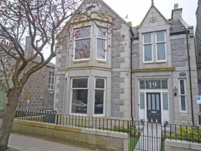 Thumbnail Detached house to rent in Hamilton Place, Aberdeen