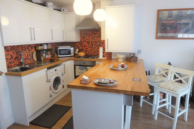 Thumbnail Mews house for sale in High Street North, Dunstable
