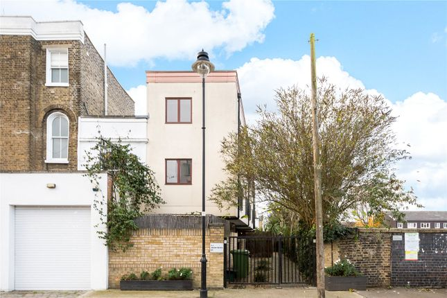 Thumbnail Mews house for sale in Aran Mews, St Clements Lane, London
