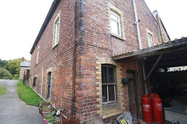Thumbnail Property to rent in Main Road, Ffynnongroyw, Holywell