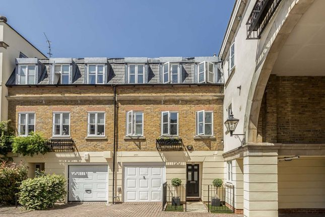 Thumbnail Detached house to rent in Sycamore Mews, London