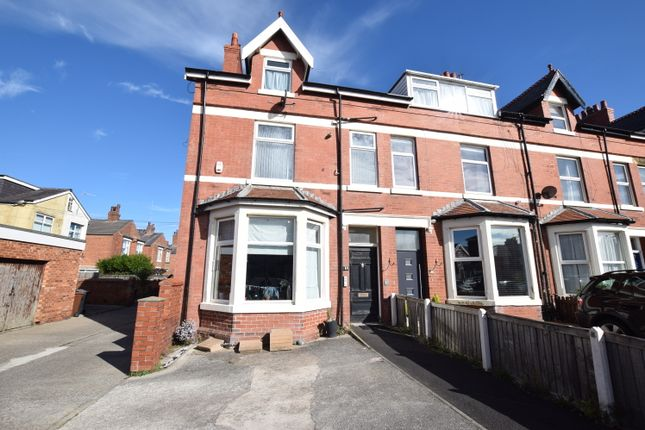 2 bed flat for sale in St. Patricks Road South, Lytham St. Annes FY8