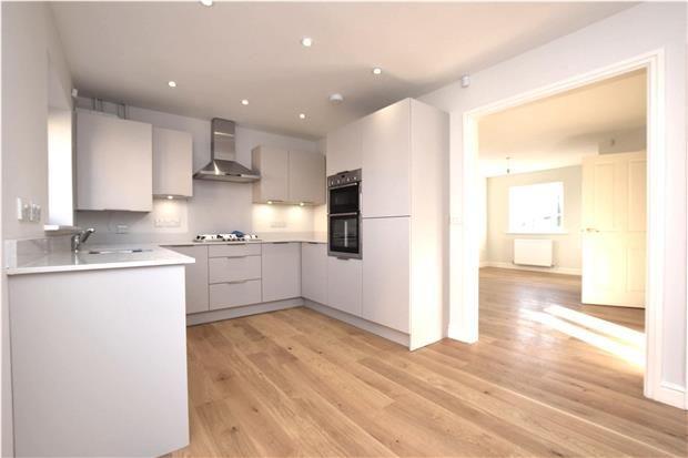 Thumbnail Semi-detached house to rent in Axbridge Road, Bristol