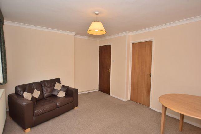 Thumbnail Flat to rent in Hillside Road, Bath, Somerset