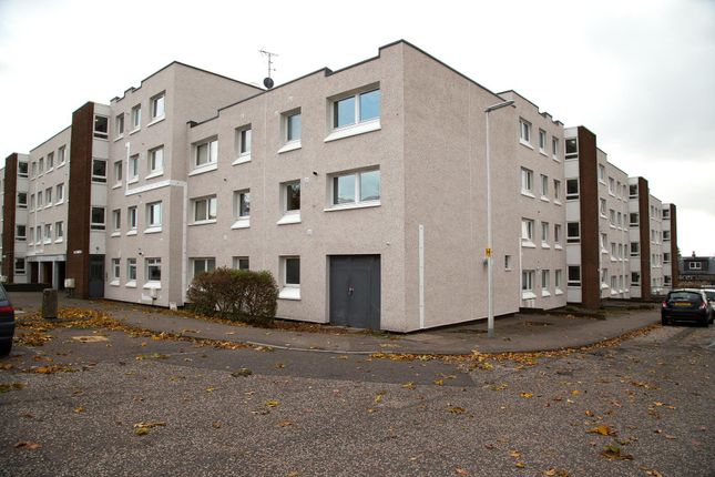 Thumbnail Maisonette to rent in Orkney Place, Kirkcaldy