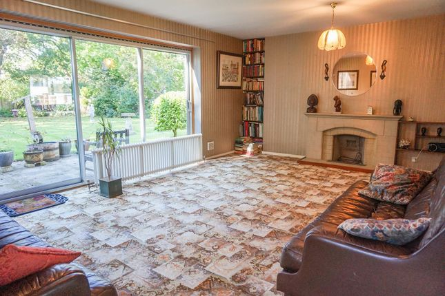 Lounge of Mereworth Close, Bromley BR2