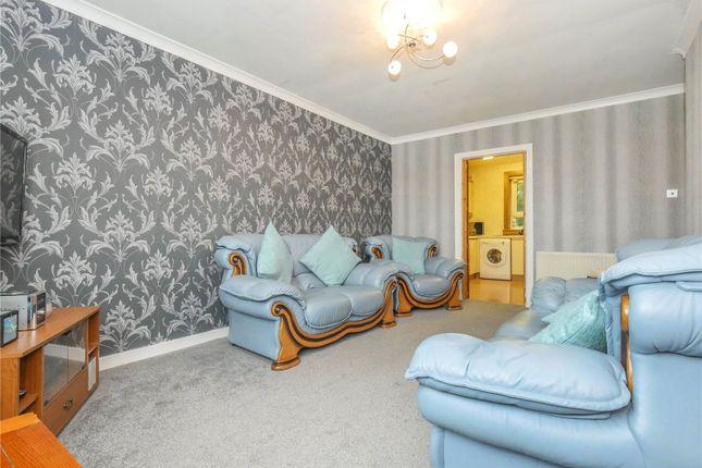 Lounge of Flat 2/2, Rowantree Gardens, Rutherglen, Glasgow G73