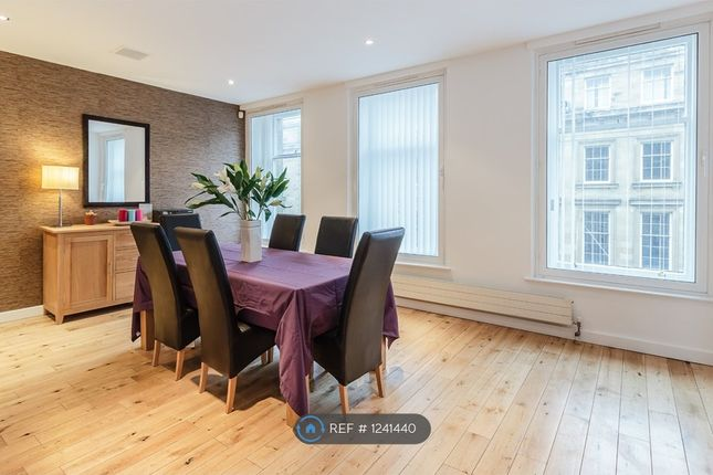 3 bed flat to rent in Grey Street, Newcastle NE1