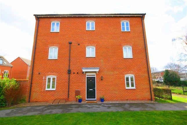 Thumbnail Flat for sale in Waterfields, Retford, Nottinghamshire