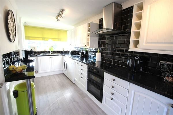 Thumbnail End terrace house for sale in Skarnings Court, Winters Way, Waltham Abbey, Essex