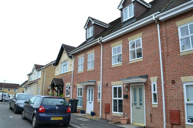 Thumbnail Town house to rent in Ermine Street, Yeovil
