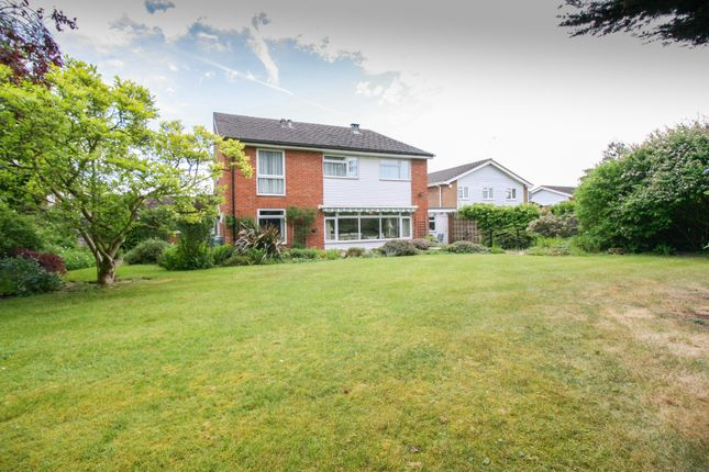Thumbnail Detached house for sale in Hatchgate Gardens, Burnham, Slough