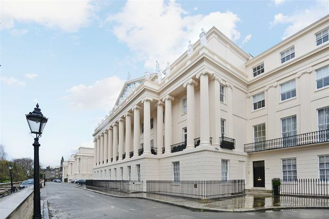 Thumbnail Flat for sale in Cumberland Terrace, London