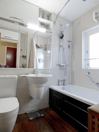 Bathroom of Henrietta Court, Central Bath BA2