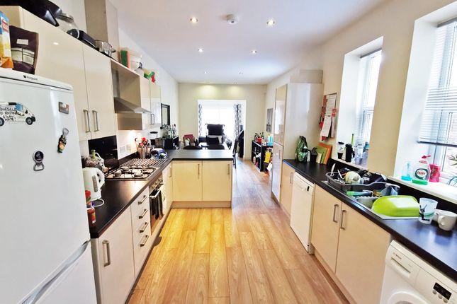 Room to rent in Heathfield Road, Heath, Cardiff CF14
