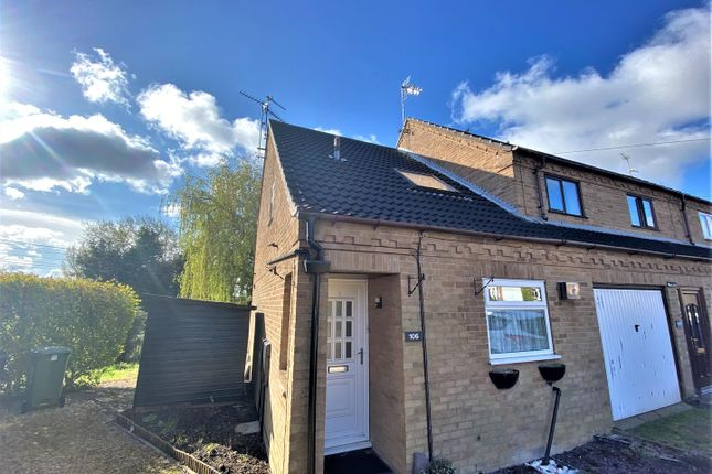 2 bed town house for sale in Hazelwood Drive, Gonerby Hill Foot, Grantham NG31