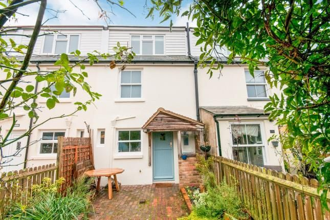 3 bed terraced house for sale in Weald Close, Barcombe, Nr Lewes, East Sussex BN8