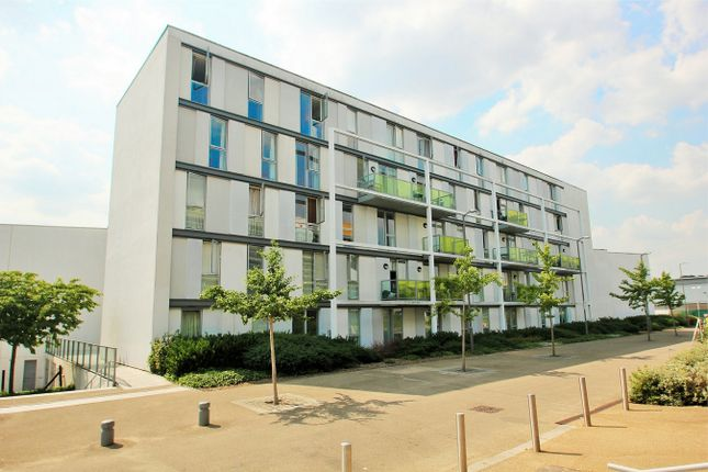 Thumbnail Flat for sale in Judd Apartments, Great Amwell Lane, Hornsey