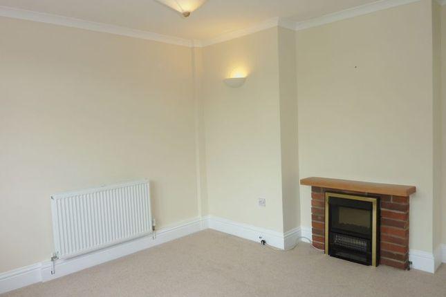 Thumbnail Flat to rent in Rhind Street, Bodmin