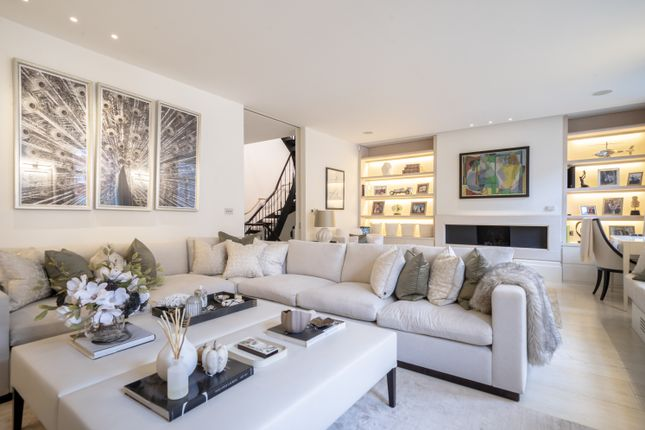 Thumbnail Mews house for sale in 20 Adams Row, London