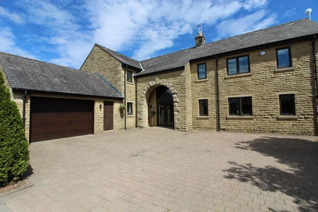 Thumbnail Detached house for sale in Tottington Road, Bradshaw, Bolton