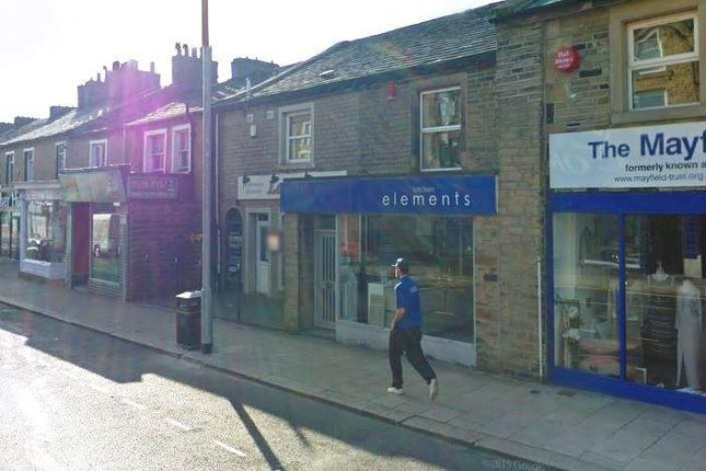 Thumbnail Retail premises for sale in Halifax HX1, UK