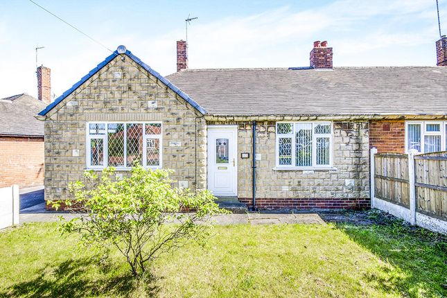 Thumbnail Bungalow to rent in Manor Drive, Featherstone, Pontefract