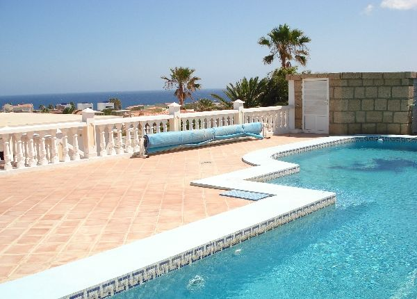 Thumbnail Villa for sale in La Mareta, Tenerife, Spain