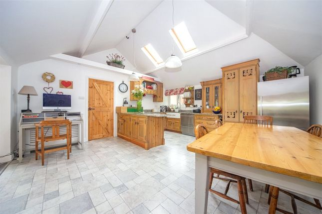 Kitchen/Diner B of Croft Road, Shinfield, Reading RG2