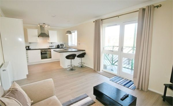 1 bed flat to rent in Empress House, Maritime Quarter, Swansea SA1