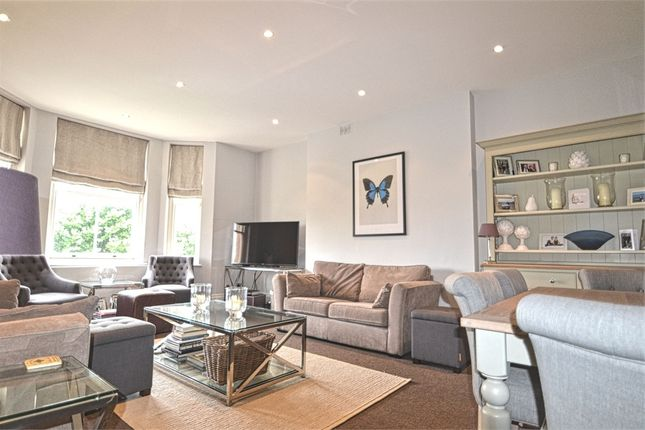 1 bed flat to rent in Aubrey House, Maida Avenue, London