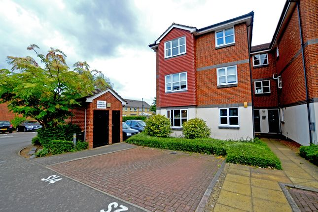 Thumbnail Flat to rent in Draymans Way, Isleworth