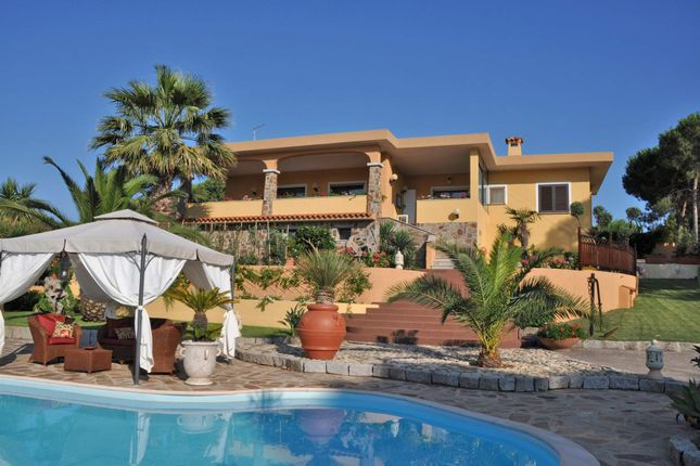 8 bed town house for sale in 07020 Loiri Porto San Paolo, Province Of Olbia-Tempio, Italy