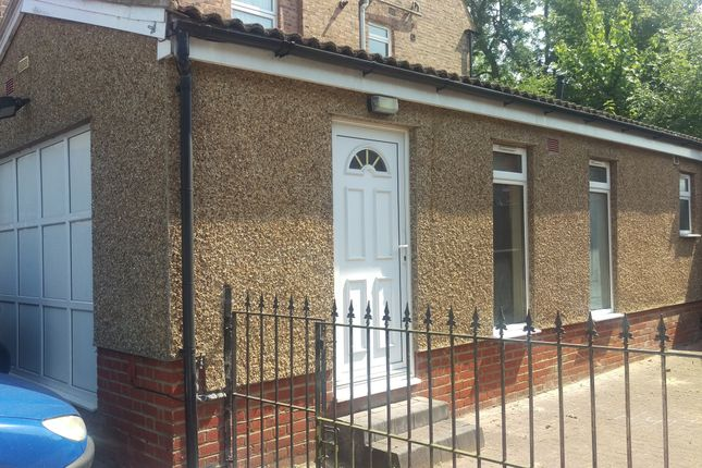 Thumbnail Studio to rent in Eversleigh Road, Finchley