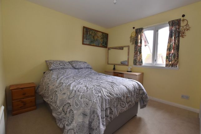 Bedroom 1 of Sandport Close, Kinross KY13