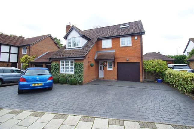 Thumbnail Detached house for sale in Firside Grove, Sidcup, Kent