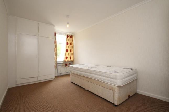 Bedroom of Glenbervie Road, Grangemouth FK3
